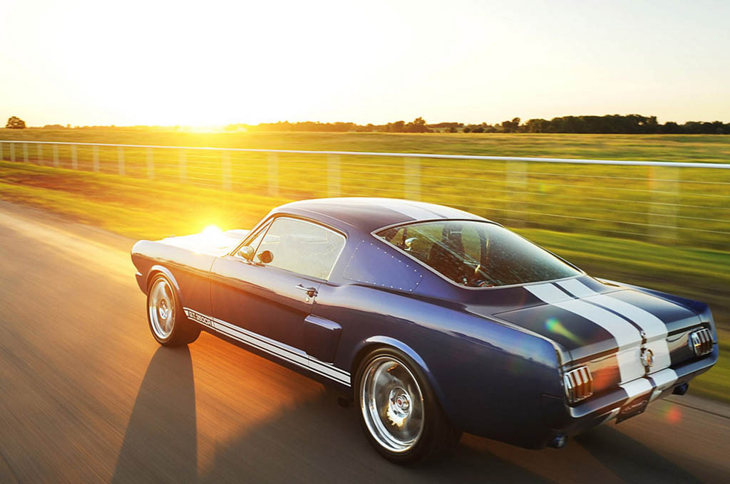 classic-recreationss-1966-mustang-fastback-shelby-gt350cr_03