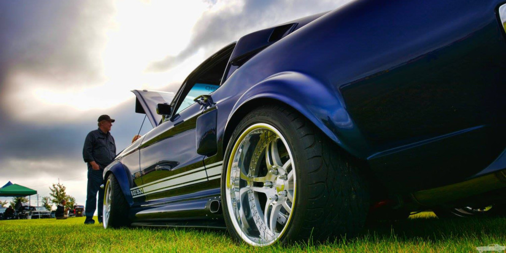 transforming-a-2012-shelby-mustang-into-a-1967-shelby-mustang-2