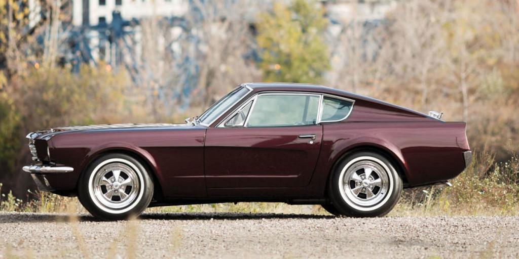 Mustang III Shorty