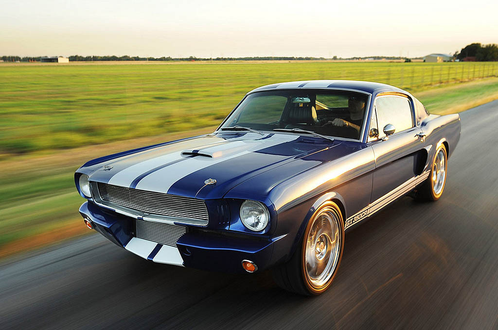 classic-recreationss-1966-mustang-fastback-shelby-gt350cr_04
